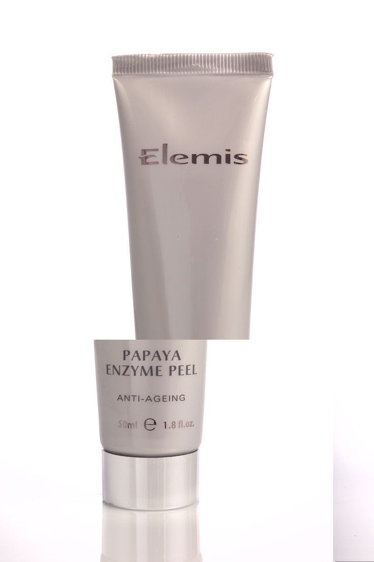 Elemis Papaya Enzyme Peel which is perfect for sensitive or mature complexions, the non-abrasive exfoliant is super gentle. #BBRecommends