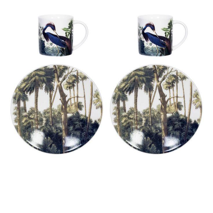 Set de 2 tasses Espresso Héron bleu - Partagez une pause café à deux avec ce set de deux tasses à espresso et leurs coupelles ! Illustrées d'un dessin de héron emprunté aux anciennes encyclopédies imagées, ces petites tasses s'affirment dans une tendance exotique et vintage à la fois. Richement coloré, ce set à café décoratif et fonctionnel promet un esprit résolument bleuté...