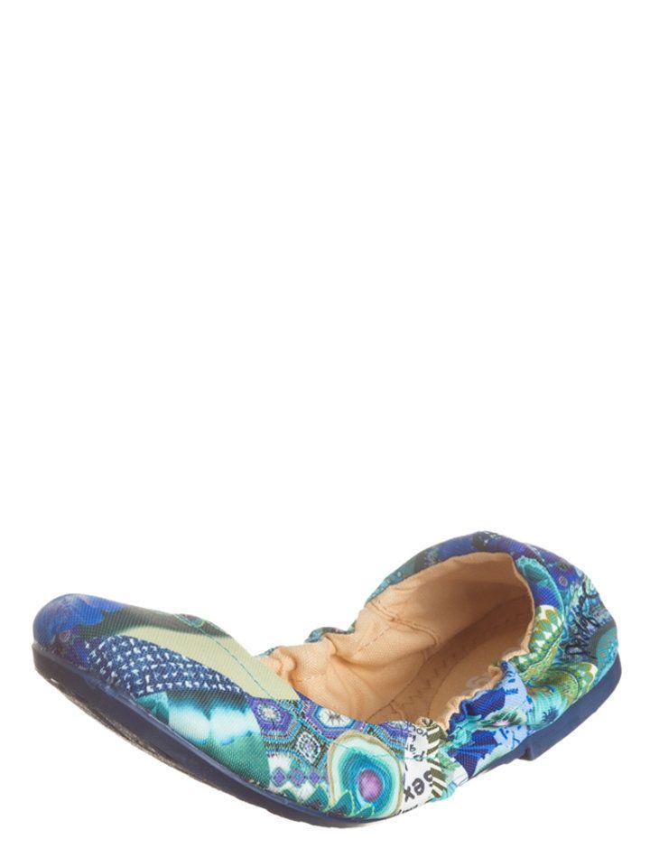 - Elastische instap met rubberen rand - Kleurrijk patroon- Gewatteerd voetbed- Antislipzool. Oppervlak:- TextielVoering en binnenzool:- TextielZool:- ander materiaal