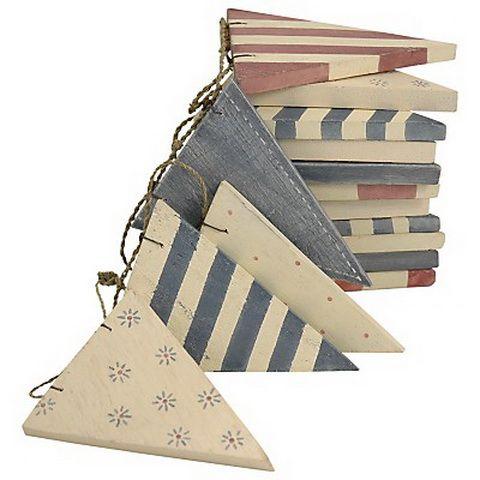 fából zászlófüzér wooden bunting flag