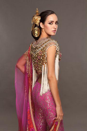 indian-nudekamasutra-pose-saree-photo-gallary-lier