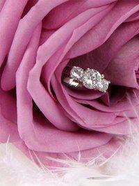 Цветы и бриллианты - идеальное сочетание прекрасного