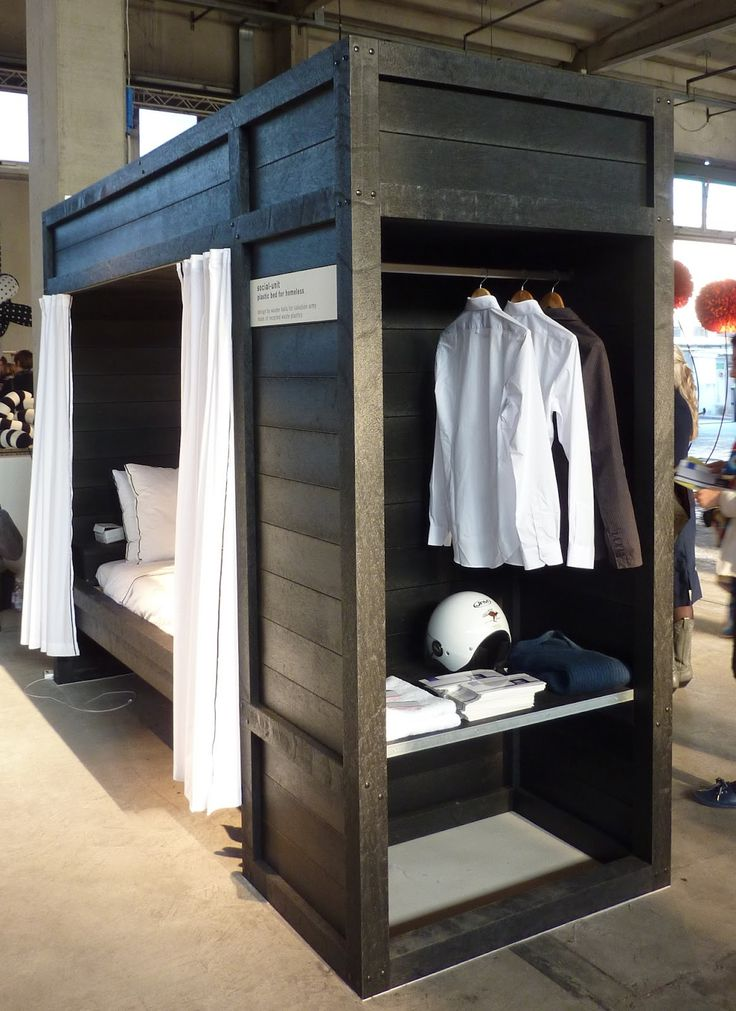 ClothesPeggS: Bed room for the homeless by Social-Unit (Wouter Kalis & Corinne de Korver) - Milan Design Week