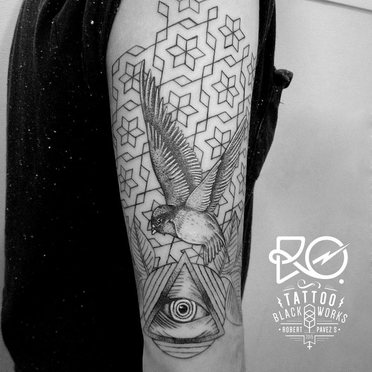 17 best images about tatoo on pinterest back pieces for Tattoo line work