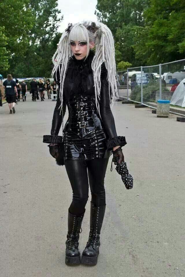 Best 98 Gothic Festivals images on Pinterest | Hair and beauty