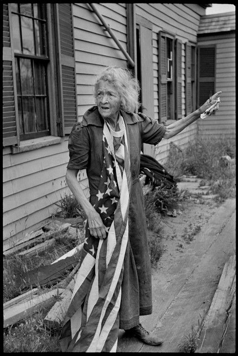 Henri Cartier-Bresson :: Independence Day, Cape Cod, Massachusetts, July 4th, 1947