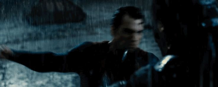 Check Out The Most Awesome Gifs From The Final Trailer For BATMAN v SUPERMAN: DAWN OF JUSTICE