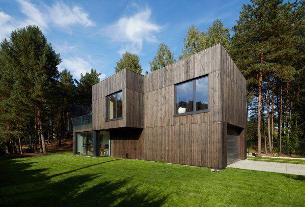Zdjęcie numer 10 w galerii - Dom w środku lasu. Jak poradzili sobie z wąską działką? Najlepiej to widać od góry