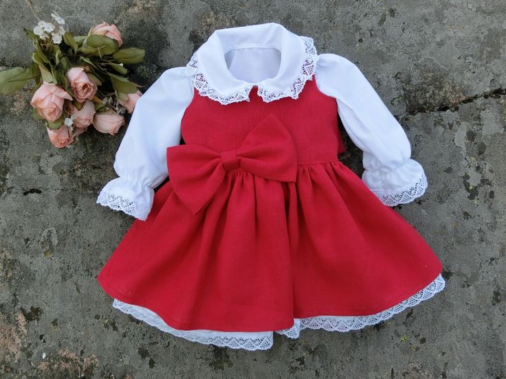 First Christmas outfit. Baby girls Christmas outfit. Baby red dress. Baby linen clothing. Holiday outfit baby girl. Christmas dress baby. by englaCharlottaShop on Etsy https://www.etsy.com/listing/469838678/first-christmas-outfit-baby-girls