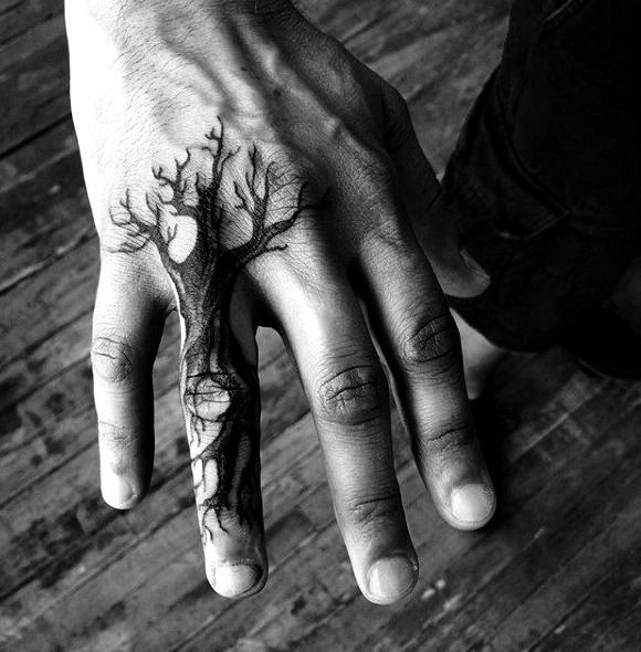 60 Small Hand Tattoos For Men - Masculine Ink Design Ideas Men Finger Tattoos, Simple Finger Tattoo, Finger Tattoo Designs, Best Tattoo Designs, Small Hand Tattoos, Hand Tattoos For Guys, Unique Tattoos, Cool Tattoos, Tatoos
