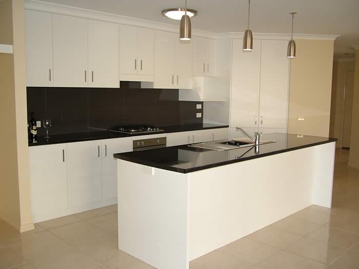 B & H Homes - Riversdale Kitchen