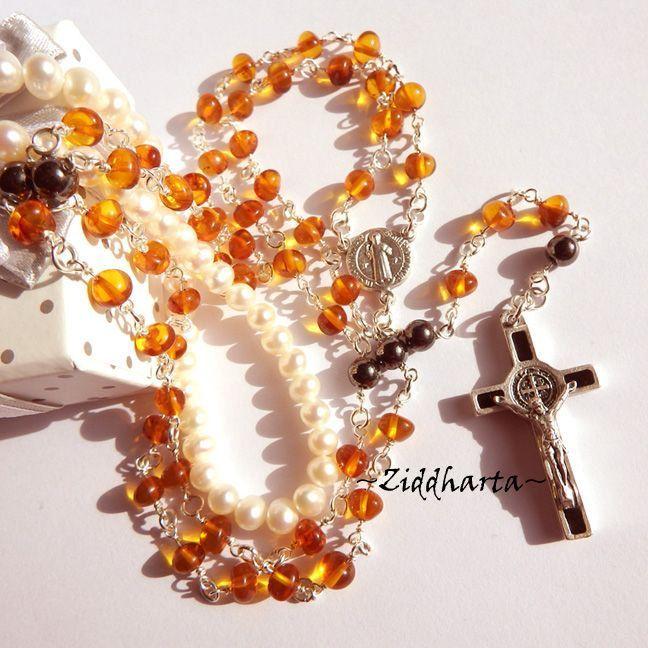 Benedictus Rosary Amber Rav Bernstein Bärnstens Jesus Cross Rosenkrans OOAK Necklace  - Amber Rav Bärnsten: Handmade Jewelry by Ziddharta by Ziddharta on Etsy
