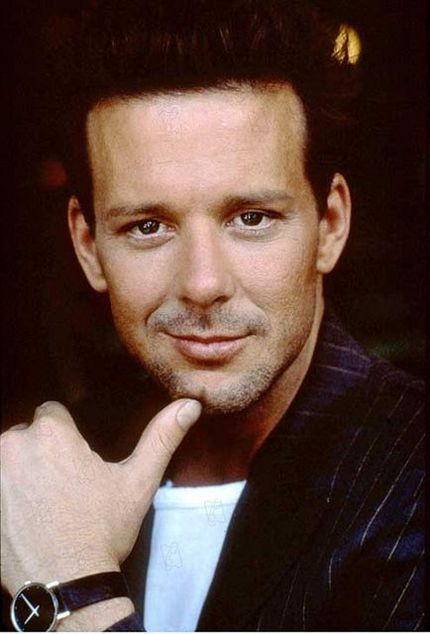 A moment of silence for the beauty that was Mickey Rourke's original face.  Enjoy its glory.