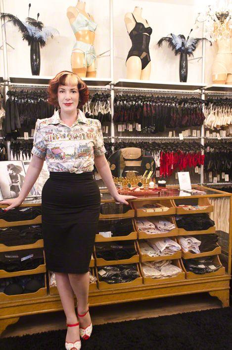 """""""What Katie did"""" show in Portobello market , London, Katie Thomas"""