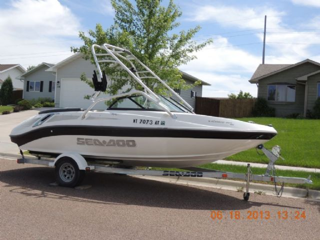 19 feet  2006 Sea-Doo Utopia Jet Boat , White with black and tan accents, 32 hours for sale in Great Falls, MT