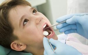 Una atención dental temprana ayuda a la sonrisa infantil