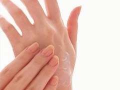 7 Shocking Facts About Severe Psoriasis On Hands - http://www.skincarearticles.com/7-shocking-facts-about-severe-psoriasis-on-hands/#more-1279