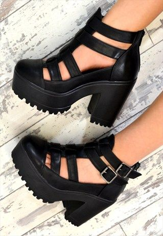 ASHLI+Chunky+Heel+Cut+Out+Buckle+Ankle+Boots+in+BLACK