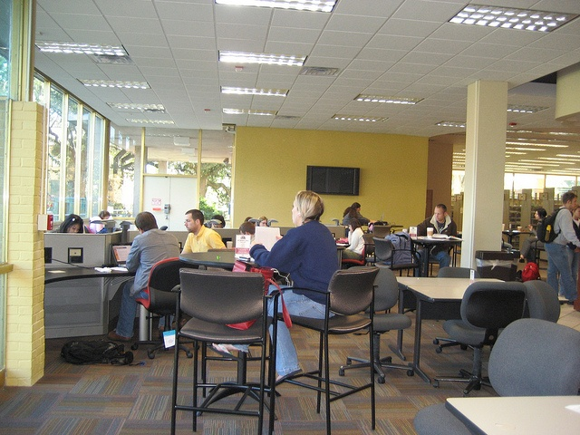 Louisiana State University Baton Rouge Middleton Library Coffee Shop Learning Commons