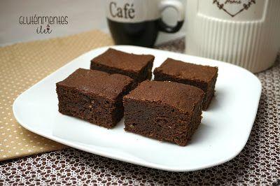 Gluténmentes triplacsokis brownie