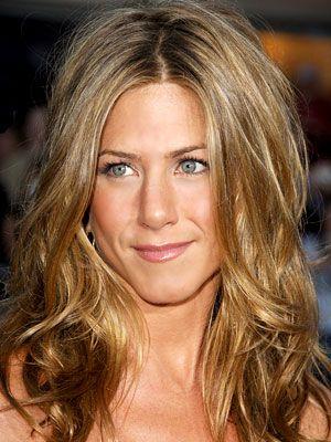 Get Jennifer Aniston Hair - Beachy waves - (different photo)