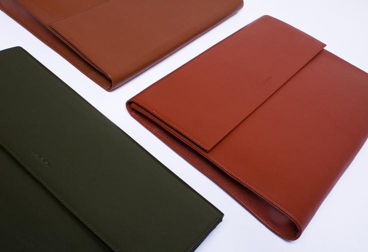 Calf Leather Laptop Portfolio - Bottlegreen