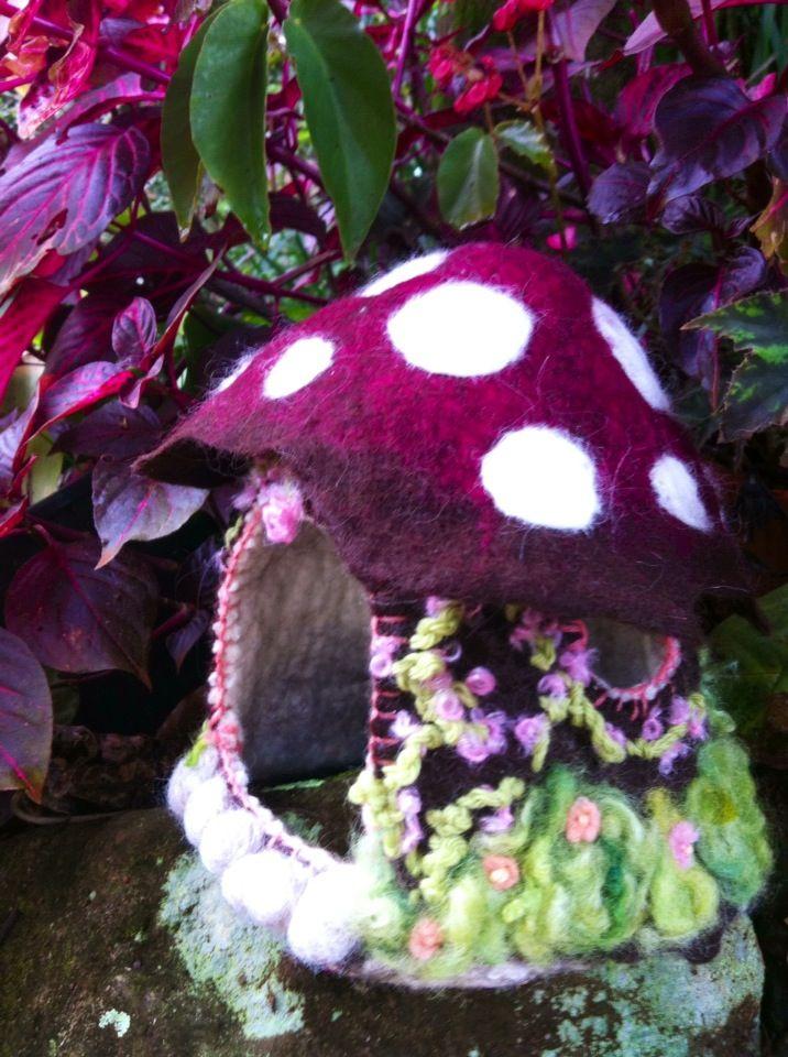 Hand felted Fairy Garden mushroom house. Wool fibre, embroidered flowers. Waldorf Steiner kindergarten children toy decoration. Available at www.etsy.com/shop/masajesaf