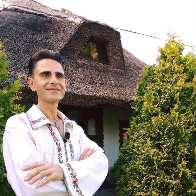 Cunoscutul cântăret de muzică populară si prezentator de emisiuni Aurelian Preda a murit marti seara, într-o clinică din străinătate