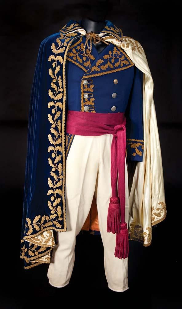 Michael Rennie Napoleonic style complete formal 4-piece uniform from Desirée - the cloak