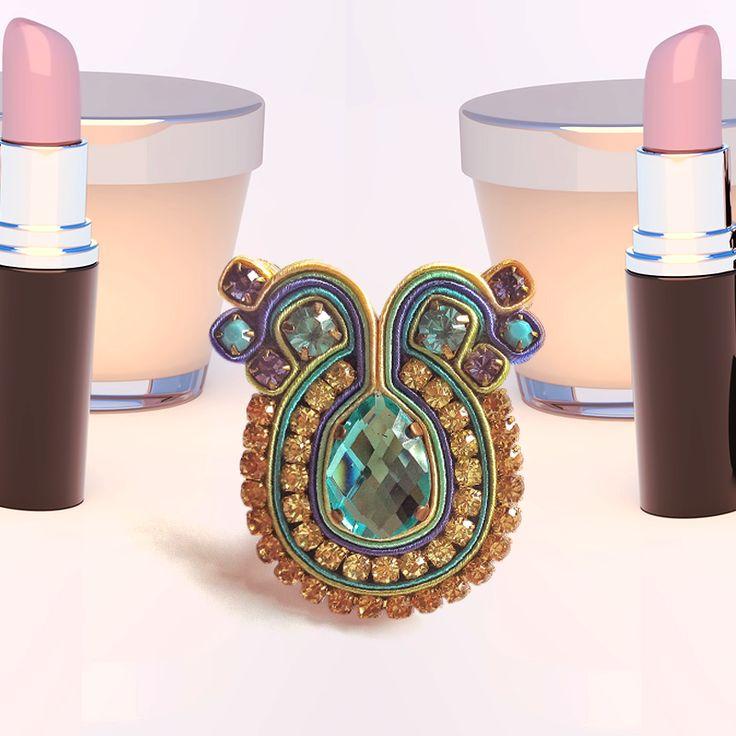 Start your day with this #DopodomaniRing, combines perfect with you.   Empieza tu día con este anillo Dopodomani, que combina perfectamente contigo.   #Dopodomani #Ring #SquareTobado #Accessories #Style #Fashion