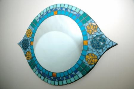 espejo con forma de ojo espejo venecitas,espejos,productos venecitas pegado de venecitas,corte de espejo