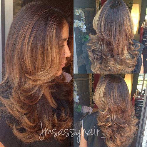 long+layered+hairstyle+with+balayage+highlights