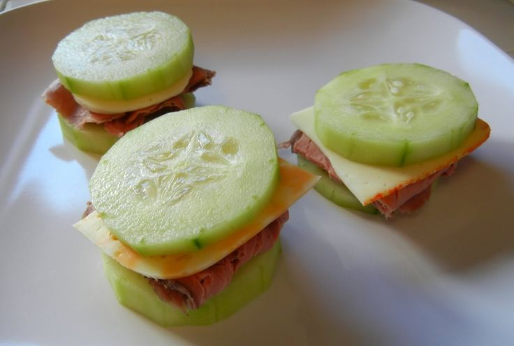 Meat and cheese cucumber sandwiches, links to lots of other healthy meals that look good. Click on the picture to get individual recipes.
