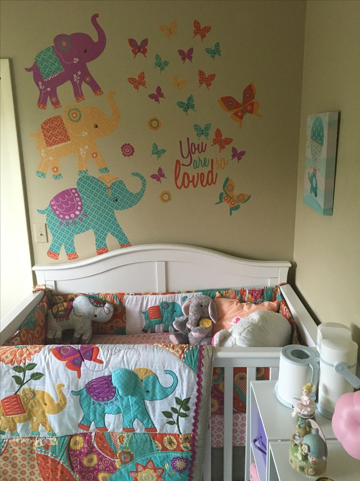 Best 25 elephant bedding ideas only on pinterest for Elephant mural nursery
