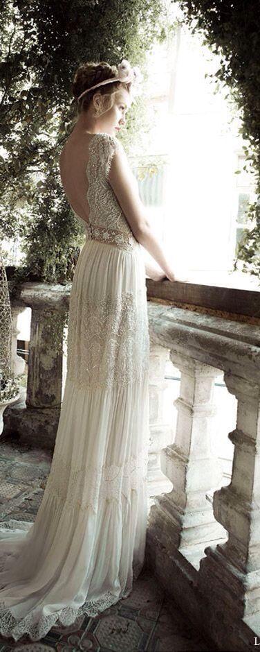 #lihi hod bridal ginger lily wedding dress side view #Luxury.com via #wedding inspiration