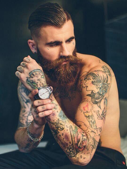 Chris Perceval, l'homme qui fait le tour du monde grâce à sa barbe
