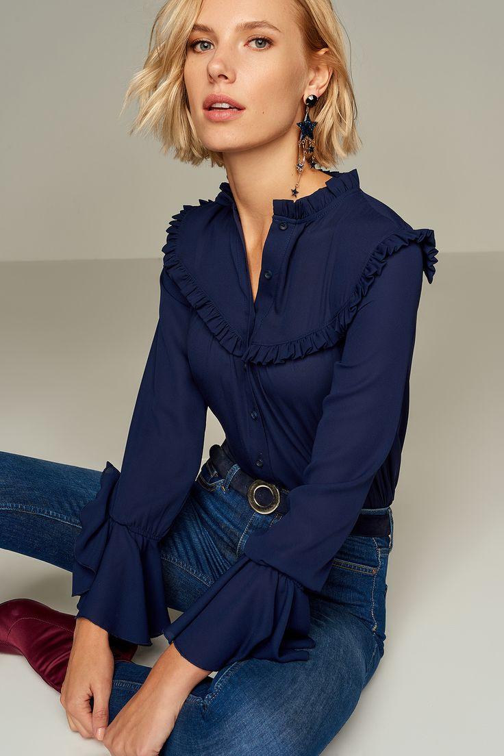 Lacivert Kolları Volanlı Gömlek TRENDYOLMİLLA | Trendyol