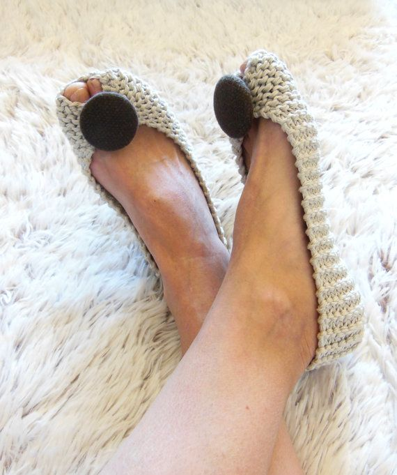 Hey, I found this really awesome Etsy listing at https://www.etsy.com/listing/228267509/summer-beige-cotton-slippers-for-women