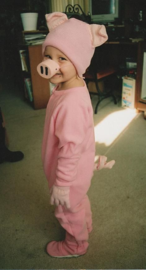 Easy Pig Costume--Maybe put the ears and nose on a headband and make out of paper? Description from pinterest.com. I searched for this on bing.com/images