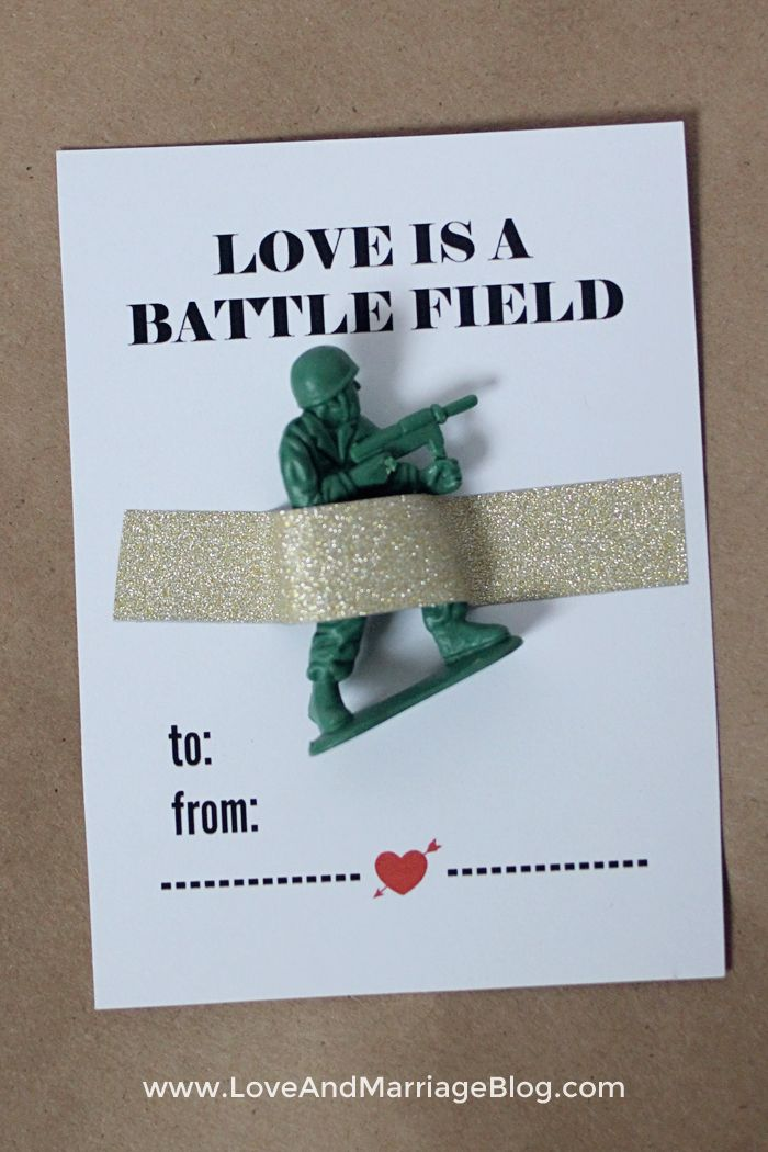 Free printable Valentines cards for boys. Just print and add an Army man!
