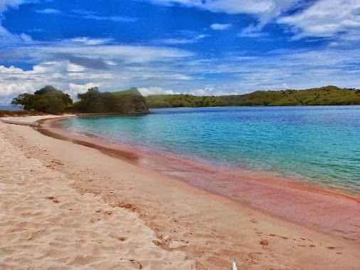 Apa Aja Lah...: Pesona Pantai Tiga Warna, Malang