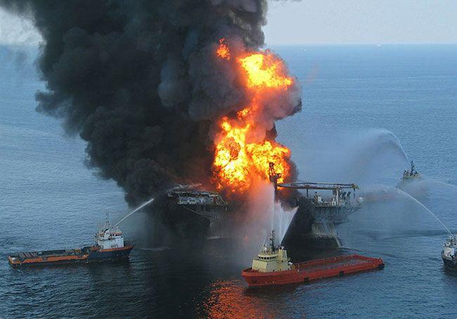 Marée noire 2010 dans le golfe du Mexique : BP va verser une indemnisation record - La justice américaine vient de trouver un accord avec BP, condamnant la société britannique à payer une amende record de 18,7 milliards de dollars soit 16, 9 milliards d'euros, la plus grosse jamais vue en matière d'environnement aux États-Unis...