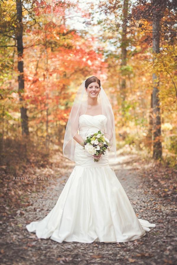 Beautiful Fall Bride At The North Carolina Arboretum