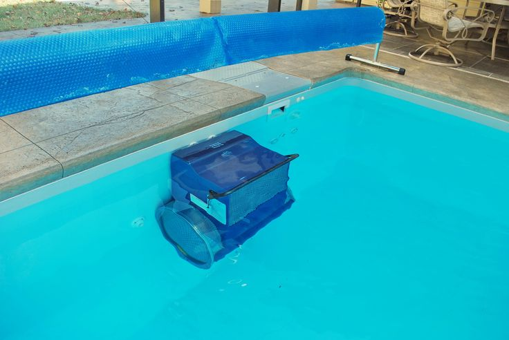 Tips on Salt Water Pool Maintenance
