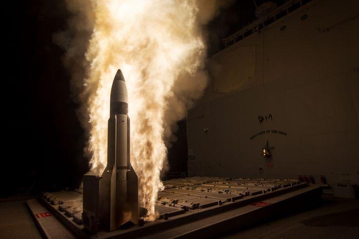 Kalter Krieg 2.0: Aufrüstung des Atombomben-Arsenals von USA und Russland - http://www.statusquo-news.de/kalter-krieg-2-0-aufruestung-des-atombomben-arsenals-von-usa-und-russland/