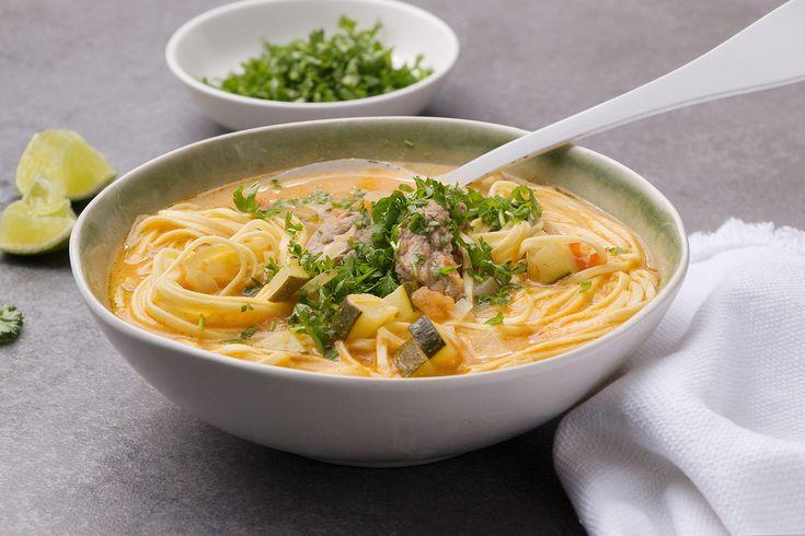 Dégustez ce délicieux potage au lait de coco en famille ou entre amis, un petit rayon de soleil l'accompagnera naturellement !