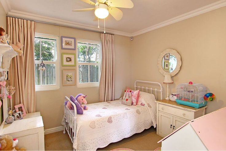 Self catering accommodation, Kommetjie, Cape Town   Single kids bedroom   http://www.capepointroute.co.za/moreinfoAccommodation.php?aID=476