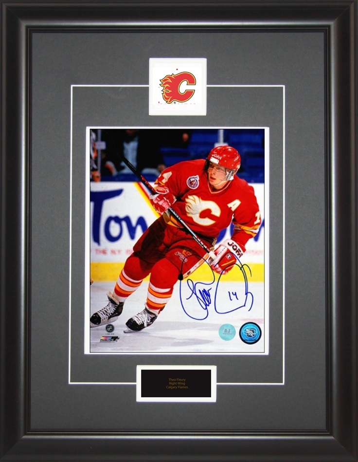 Cracking the 100-point plateau twice in his career, Theo Fleury was a member of the 1989 Stanley Cup winner Calgary Flames.