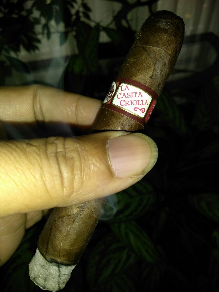 La Casita Criollo by Tatuaje. This is to my knowledge the only puro americana on the market. Made from 100% u.s. tobacco. The binder, wrapper and filler are all Connecticut broadleaf, give this little smoke a sweet nutty character. Well blended and rolled by don Peppin.