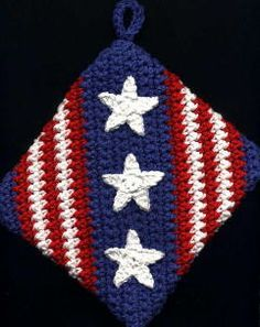 4th of July Potholder. Could be done in other colors for other holidays! Or in elemental colors (green, yellow, red, blue, and white) for an everyday potholder :-)